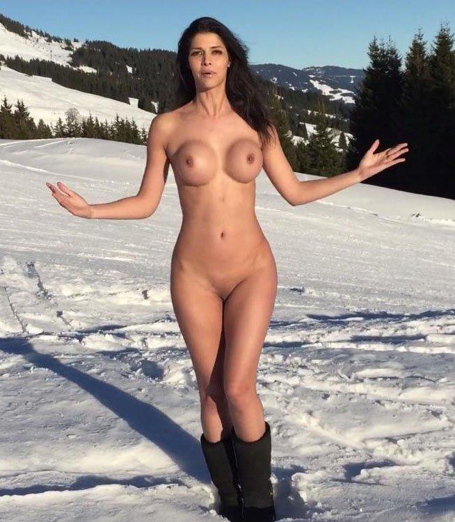 Микаэла шефер фото голая