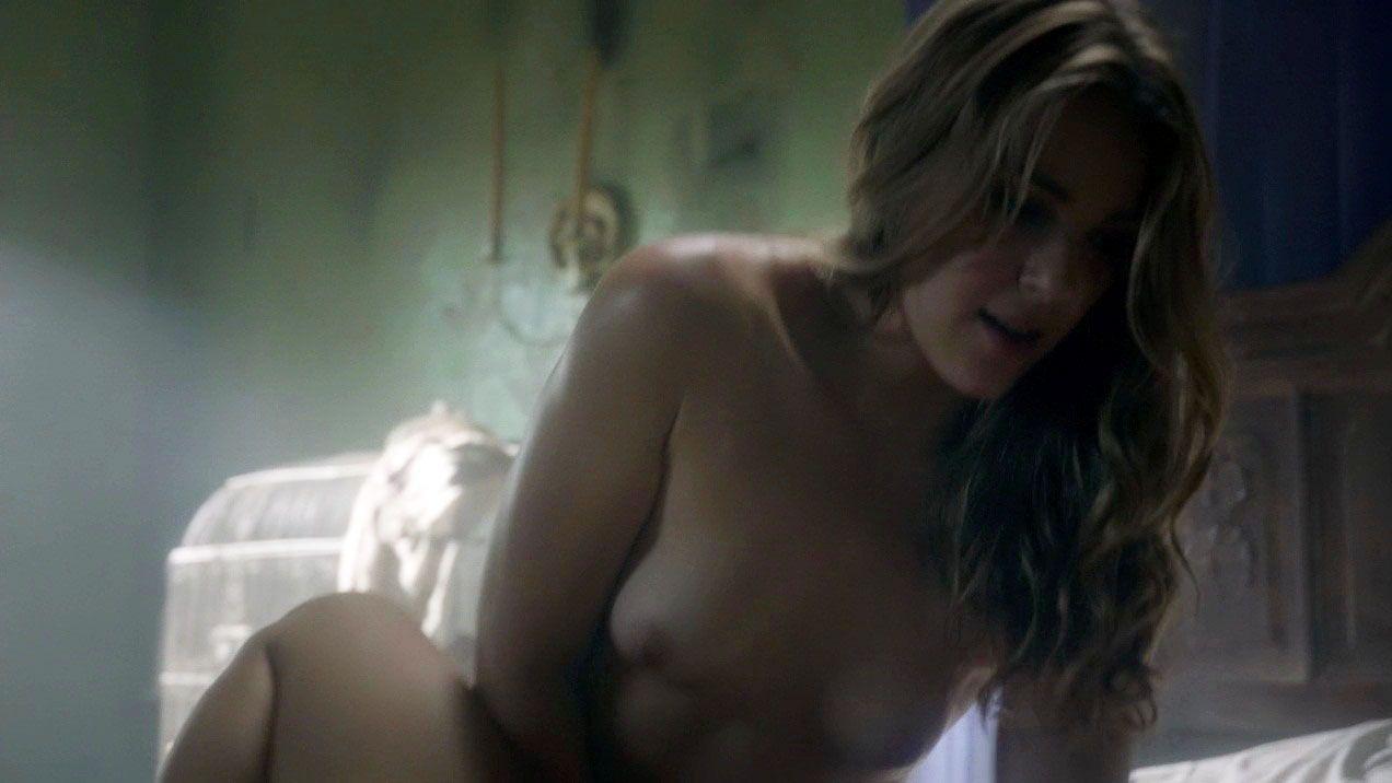 Sarah nackt Kennedy Sarah Chalke