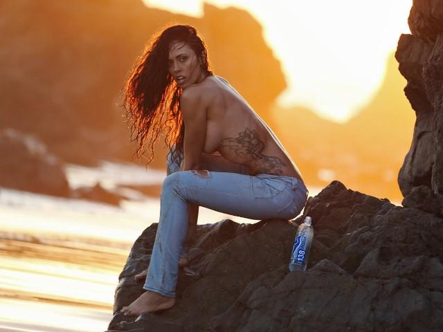 Nude charissa littlejohn Charissa Littlejohn