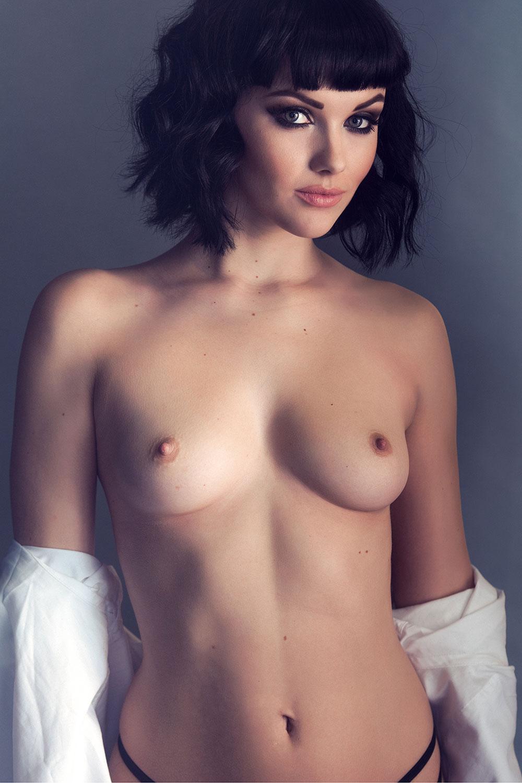Nackt Jessica Hart  Jessica Hart