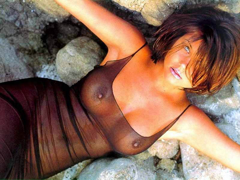 Tiffany amber thiessen completely naked porn full hd photos